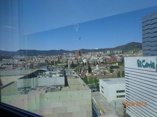 Ibis Barcelona Meridiana: Vista de janela do quarto