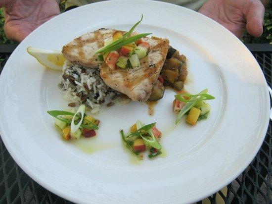 Terroir La Cachette Restaurant & Wine Bar At Strewn Winery: Delicious Swordfish
