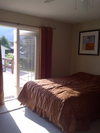 Sundog Bed & Breakfast: Double Queen Main Floor