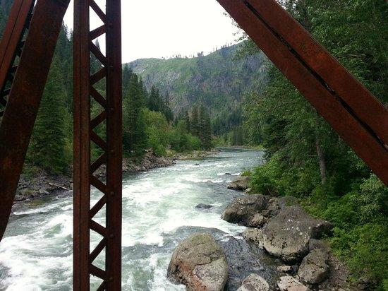 Penstock Trail (Old Pipeline Trail): Wenatchee River from the bridge