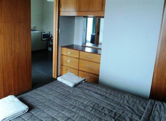The Magpie: One bedroom, bedroom