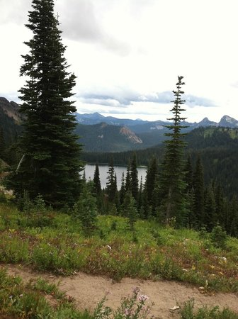 Alta Crystal Resort at Mount Rainier: A view of the Naches trail and the lake we happened upon on our hike