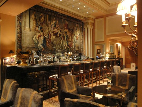 Hotel Grande Bretagne, A Luxury Collection Hotel: Magnificent Bar