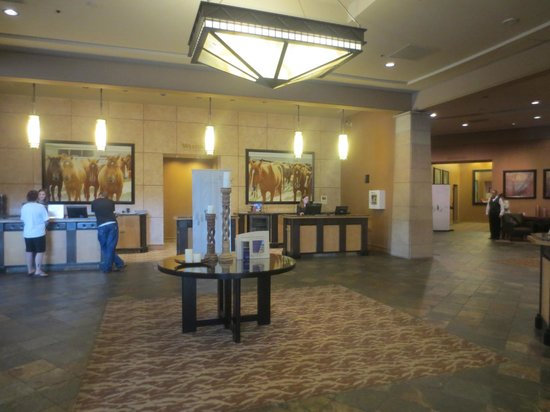 The Westin Westminster: Check In Front Desk