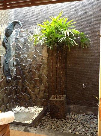 The Bali Dream Villa & Resort: Rain shower - 1br pool villa