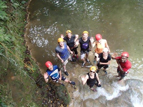 Edge Vanuatu : Made it through the practice abseil