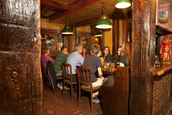 Mr. Pickwick Pub: The place where people meet