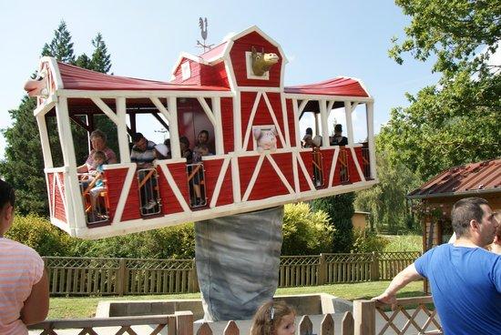 Dennlys Parc : la grange