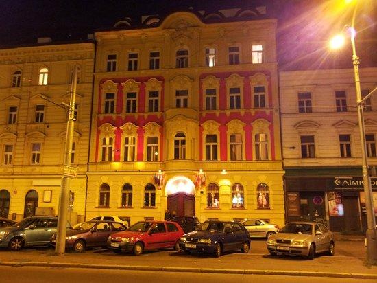Hotel Otakar: FACCIATA HOTEL