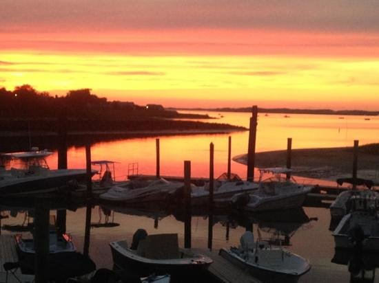 Mattakeese Wharf: beautiful sunsets