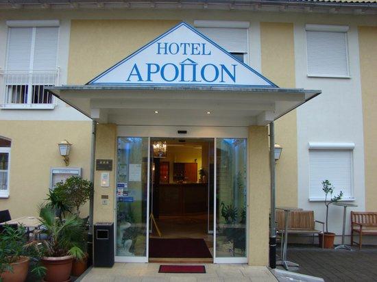 Apollon Hotel: Ingang hotel