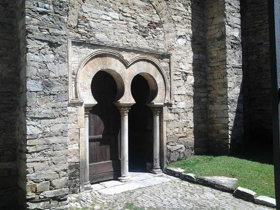 Iglesia Mozarabe de Santiago de Penalba