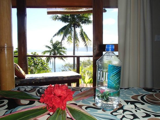 Naveria Heights Lodge: View from the bed (Queen Size Ocean View Room)