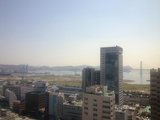 Hotel Commodore Busan: view from room 1417