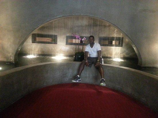 Hotel Valencia Riverwalk: ME IN THE LOBBY