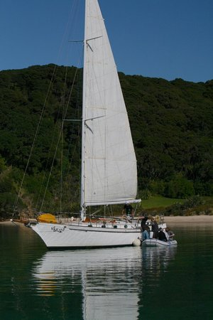 Vigilant Yacht Charters: Lunch time