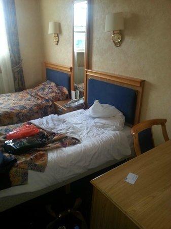 Berjaya Eden Park: room