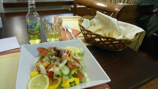 Extol Inn: Whealty food