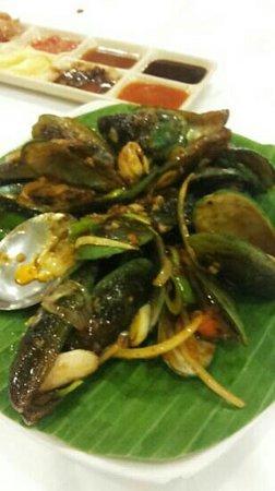 Layar Seafood : green sea shell