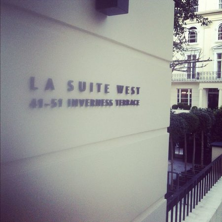 La Suite West - Hyde Park: Entrance