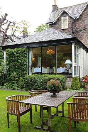 Grasmere Hotel: 後院