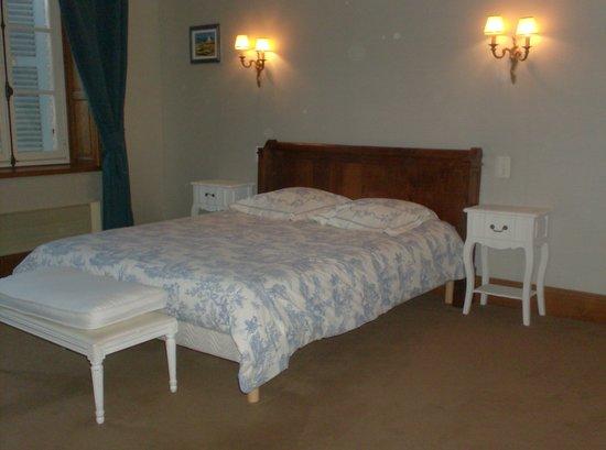 L'Echauguette - Table et Chambres d'hotes: La Suite bleue
