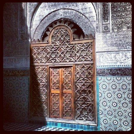 Attarin Medersa: la porta di ingresso alla corte interna