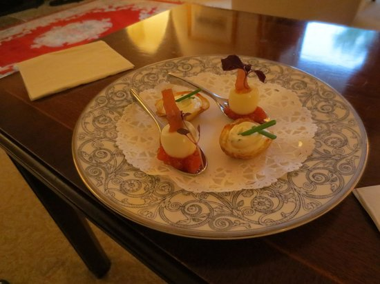 Kilcamb Lodge Hotel & Restaurant : Petit fours