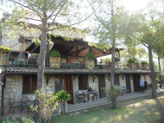 Country House Hotel Tre Esse: esterno camere + veduta patio per la colazione esterna