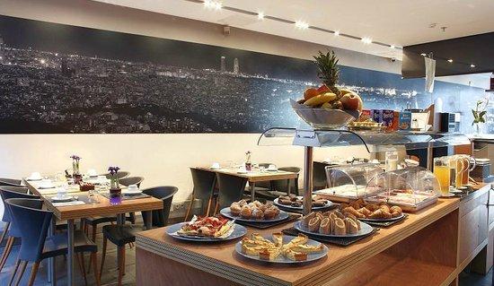 Barcelona Century Hotel: Buffet Hotel Century Park Barcelona