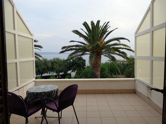 Villa Pitomcia : Vista dal terrazzo sul mare