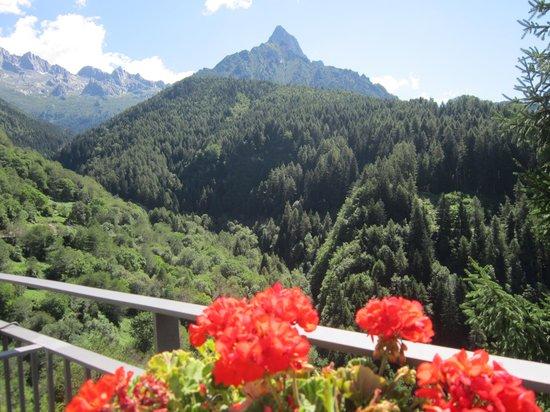Ostello Del Pittore : in mezzo alle montagne