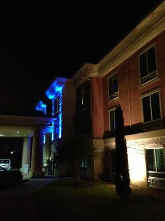Holiday Inn Express & Suites Austin - Sunset Valley: Beam of light