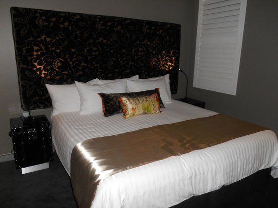 Junction Hotel: Room two