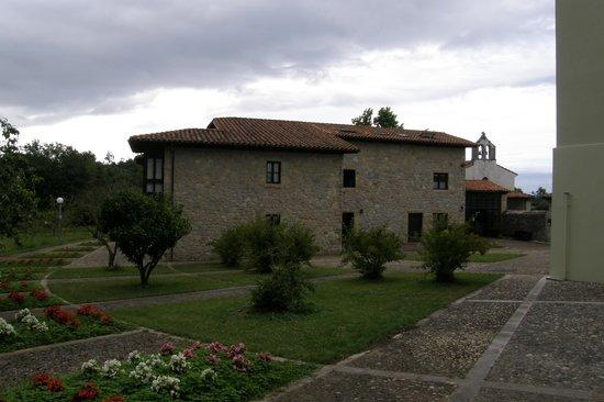 Fincas Las Nieves: Uno de los edificios de apartamentos