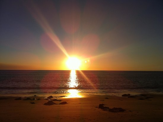 Kooljaman at Cape Leveque: Sunset on the beach