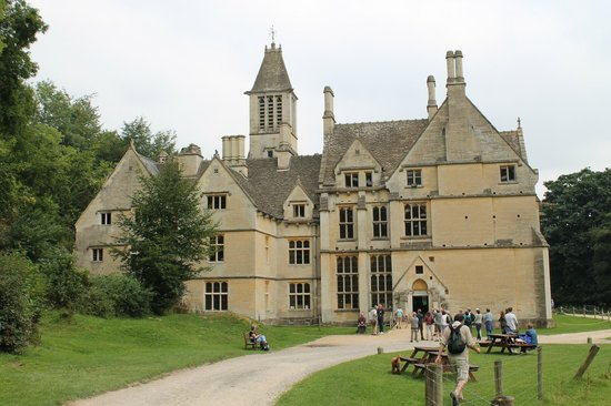 Woodchester Mansion: Wonderful mysterious place!