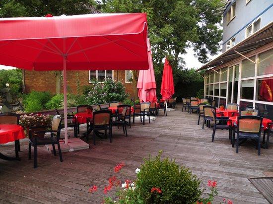 Tulip Inn Amsterdam Riverside: terras