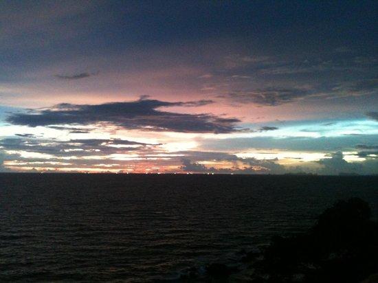 Lanta Top View Resort : Vue pendant le coucher du soleil