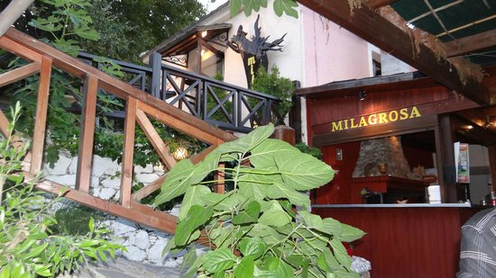 Milagrosa Taverna Barbecue: The Milagrossa tavern