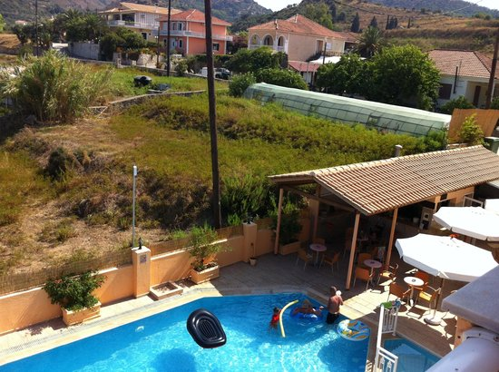 La Sirena Apartments : View of pool from balcony