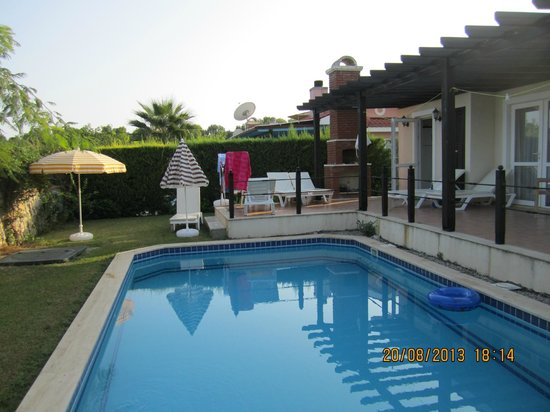 Oasis Holiday Residences & Villas: private pool