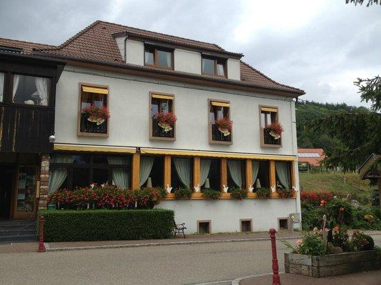 Hotel aux Deux Clefs: vue du restaurant les clarines d'argent