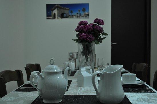 B&B Thanit: Sala colazioni