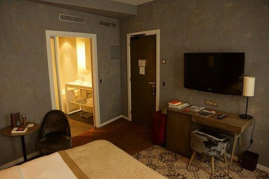 """Le Pavillon Des Lettres : """"Proust"""" room"""