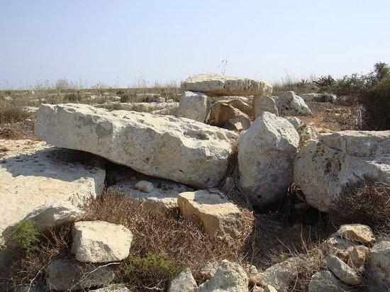 Ta' Cenc megallithic temple