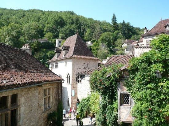 Chateau de Saint-Cirq-Lapopie: autre vue prise du château