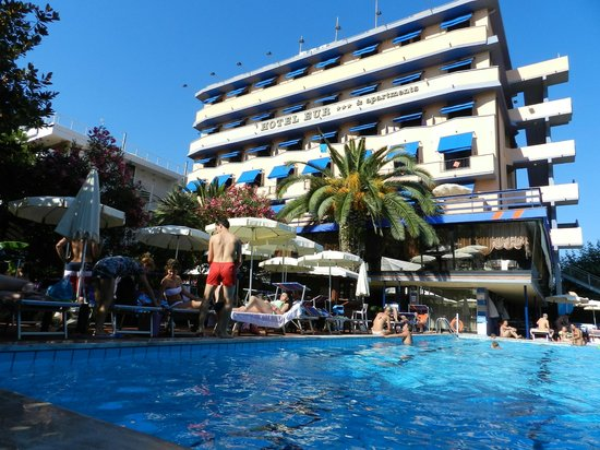 Hotel Eur : hotel e piscina