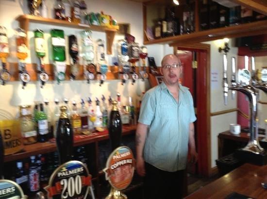 Axminster Inn: Carey looks better in the flesh!