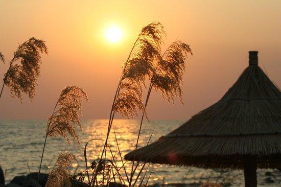 Mbuna Bay Lodge - Lake Malawi : Sunset